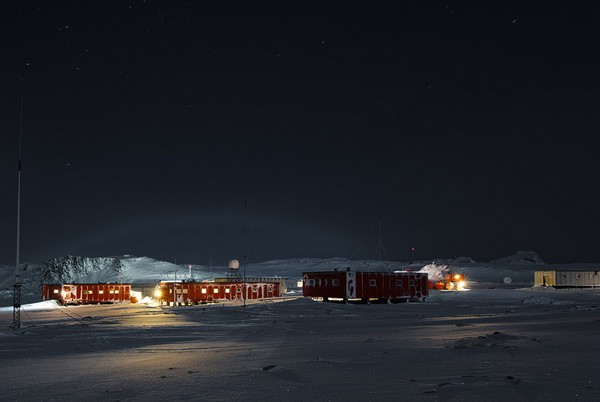 russuain-antarctic-stations-13