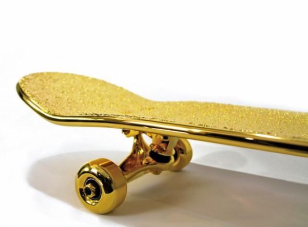 gold_skateboard_03