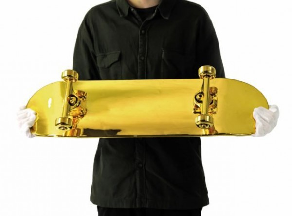 gold_skateboard_05