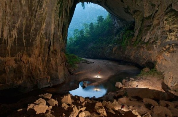 a_bottomless_cave_06