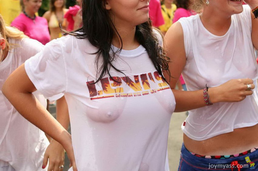 Voyeur College Initiations Teen Wet Shirt Competition Letsdoeit 1