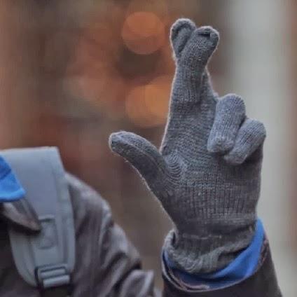 superloto promotional lucky gloves 2