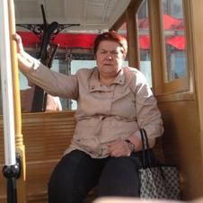 Мать екатерины Горбуновой - Пичкурова Татьяна Георгиевна, 15.06.1953, бывший начальник отдела геодезической службы Департамента строительства и архитектуры Администрации городского округа Самара