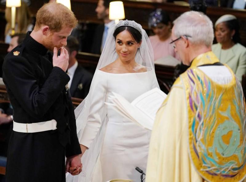 rs_1024x759-180519050513-1024-Prince-Harry-Meghan-Markle-Reverend-Royal-Wedding-LT-051918