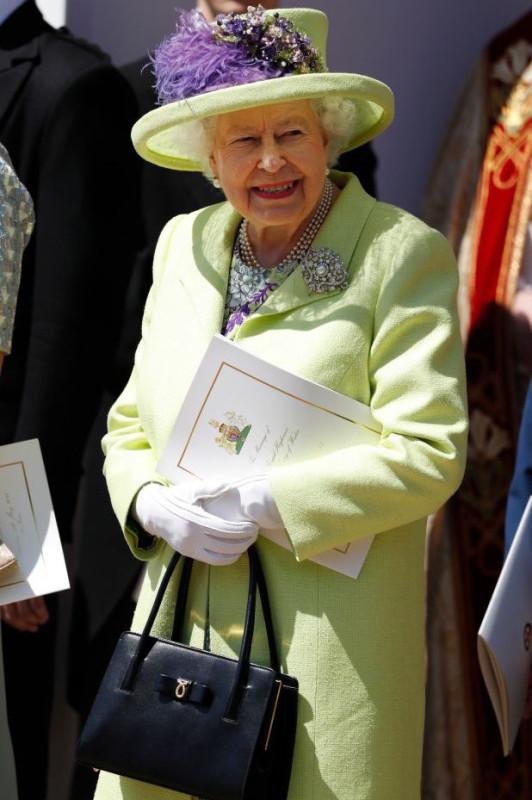 queenelizabeth-1526739195