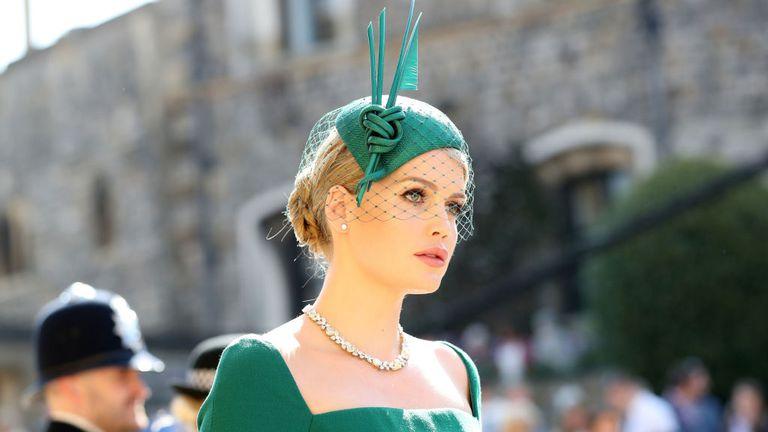 royal-wedding-2018-lady-kitty-spencer-1526722838