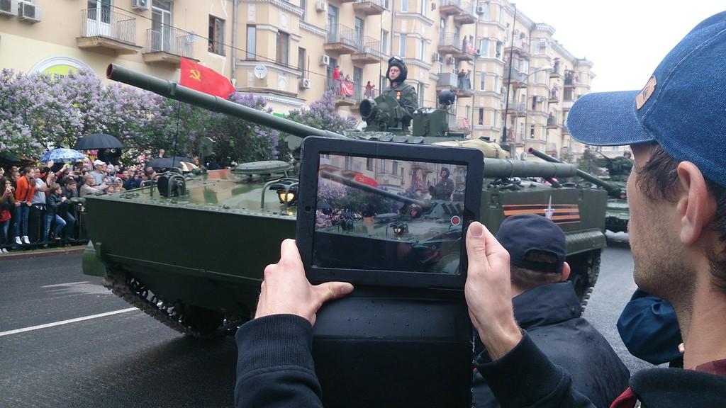 Парад военной техники в Волгограде в День Победы 9 мая 2015 г.