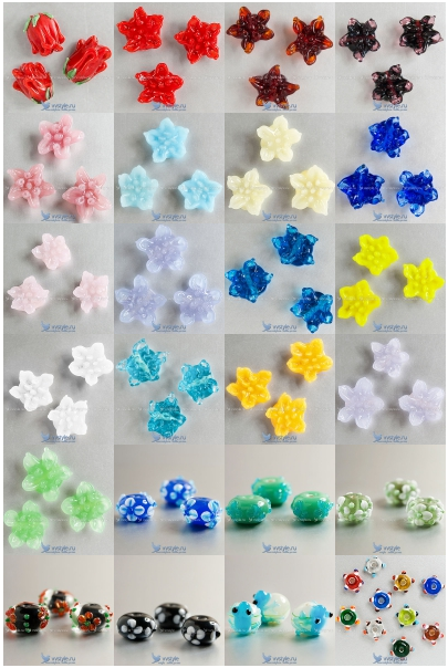 Новенькие бусины ручной работы в форме цветков и с цветочками