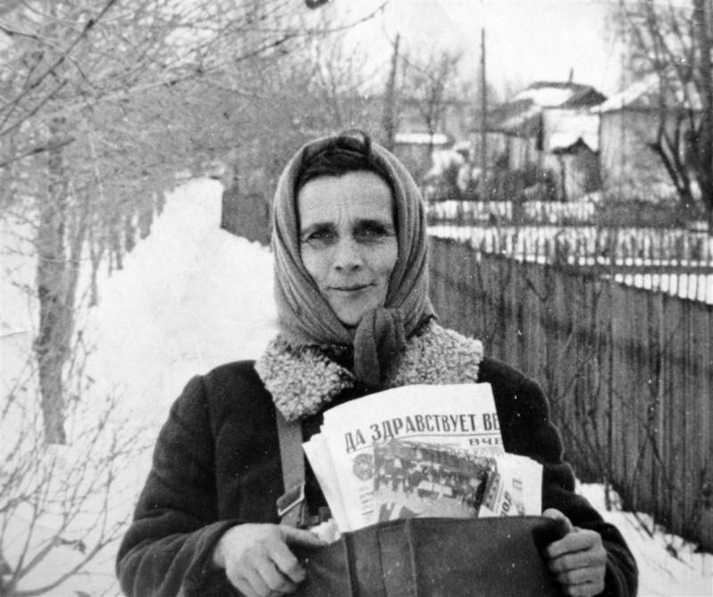 Почтальон. Липецкая область. 1970-е гг. Фотограф Александр Титов