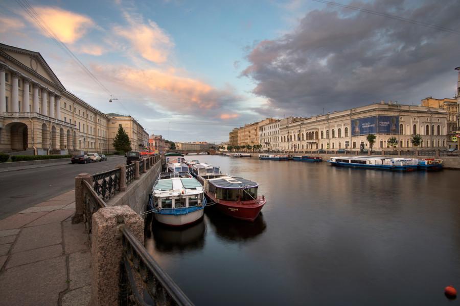 sankt-peterburg-fontanka-reka