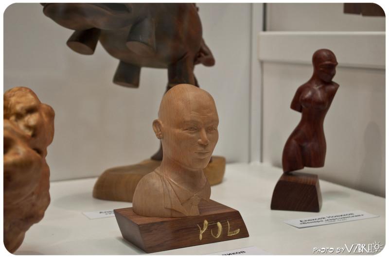 Работы Алексея на выставке Вторая жизнь дерева