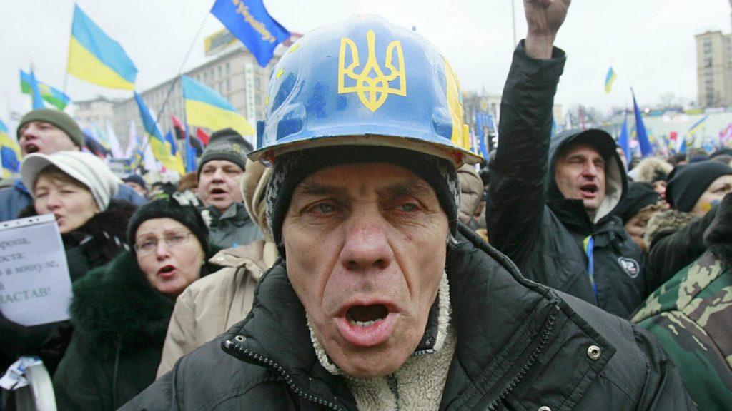 в пост -ukraina-trebuet-s-gazproma-3-mlrd-ili-kak-strah_1-1024x576