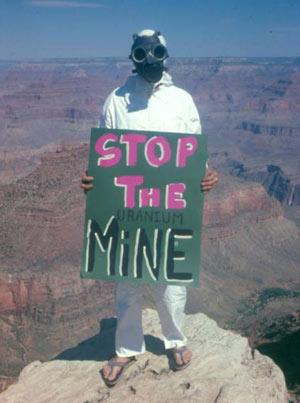 Гранд Каньон в США - древний карьер по промышленной добыче урана