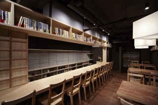T714 by 16A Architects