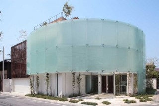 Shimogamo House by Edward Suzuki Associates