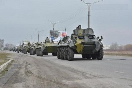 idyot_tyazhelaya_tekhnika_idyot_na_Donetsk