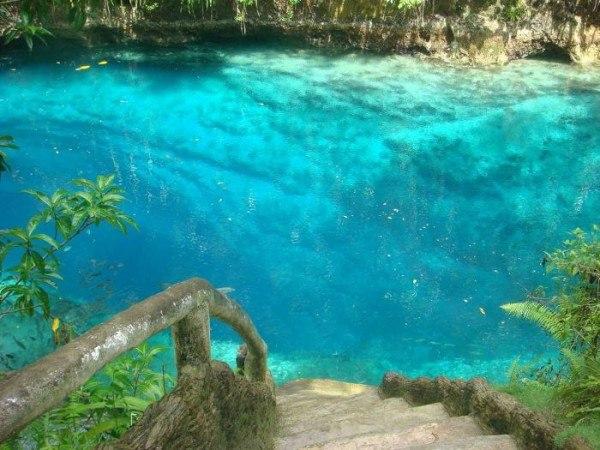 Необычная и зачаровывающая река Hinatuan7