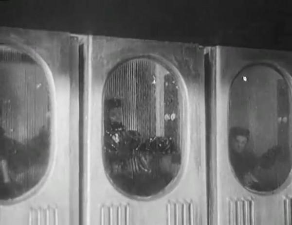 Космический рейс _ Space flight (1935) - научная фантастика.mp4_snapshot_00.27.32_[2016.09.07_11.17.51]