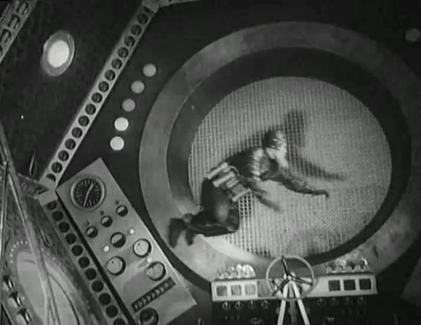 Космический рейс _ Space flight (1935) - научная фантастика.mp4_snapshot_00.30.06_[2016.09.07_11.22.54]