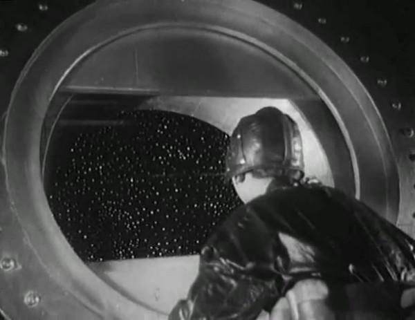 Космический рейс _ Space flight (1935) - научная фантастика.mp4_snapshot_00.32.18_[2016.09.07_11.26.20]