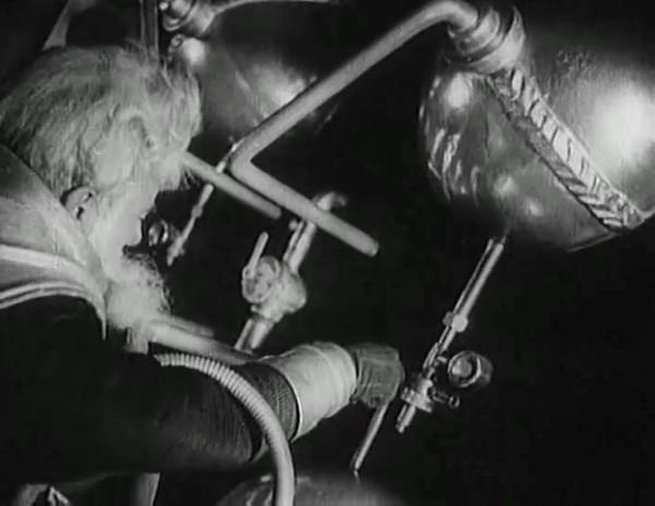 Космический рейс _ Space flight (1935) - научная фантастика.mp4_snapshot_00.42.45_[2016.09.07_12.02.44]
