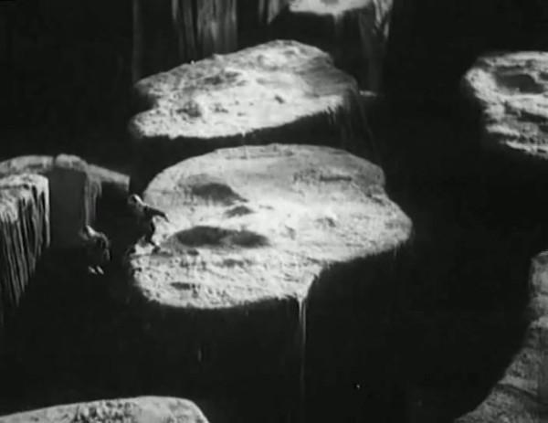 Космический рейс _ Space flight (1935) - научная фантастика.mp4_snapshot_00.45.17_[2016.09.07_12.06.50]