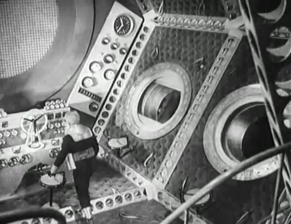 Космический рейс _ Space flight (1935) - научная фантастика.mp4_snapshot_00.46.17_[2016.09.07_12.08.02]
