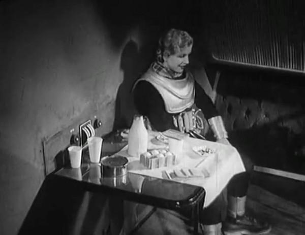Космический рейс _ Space flight (1935) - научная фантастика.mp4_snapshot_00.46.27_[2016.09.07_12.08.15]