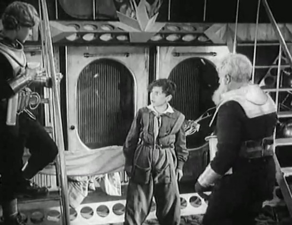 Космический рейс _ Space flight (1935) - научная фантастика.mp4_snapshot_00.47.15_[2016.09.07_12.09.33]