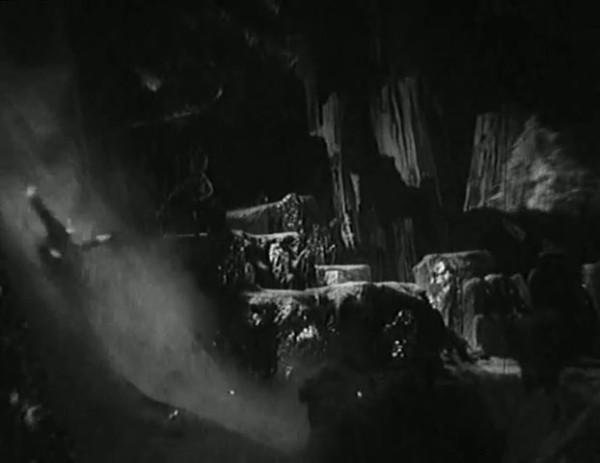 Космический рейс _ Space flight (1935) - научная фантастика.mp4_snapshot_00.48.43_[2016.09.07_12.12.25]