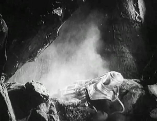 Космический рейс _ Space flight (1935) - научная фантастика.mp4_snapshot_00.48.55_[2016.09.07_12.12.48]