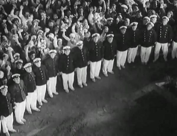 Космический рейс _ Space flight (1935) - научная фантастика.mp4_snapshot_01.01.27_[2016.09.07_12.35.14]