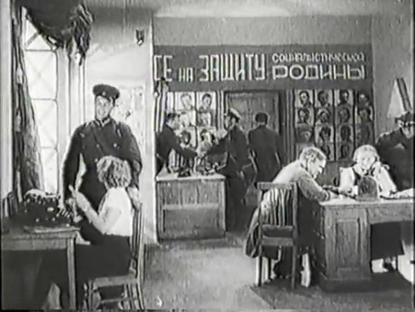 Родина зовёт _ Motherland Calls, The (1936) - историко-героический фильм.mp4_snapshot_00.07.17_[2016.09.14_11.02.11]