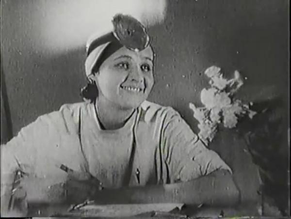 Родина зовёт _ Motherland Calls, The (1936) - историко-героический фильм.mp4_snapshot_00.10.16_[2016.09.14_11.36.35]