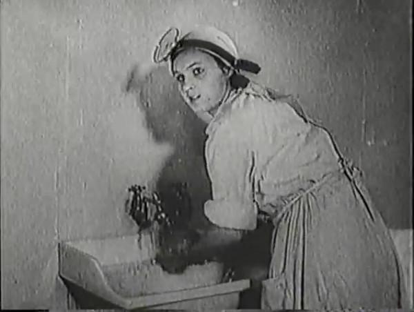 Родина зовёт _ Motherland Calls, The (1936) - историко-героический фильм.mp4_snapshot_00.10.49_[2016.09.14_11.37.49]