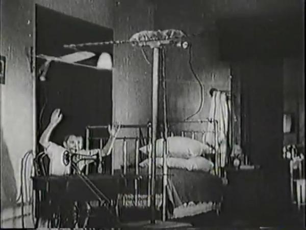 Родина зовёт _ Motherland Calls, The (1936) - историко-героический фильм.mp4_snapshot_00.13.07_[2016.09.14_11.41.12]