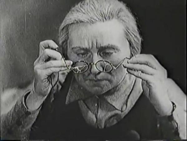 Родина зовёт _ Motherland Calls, The (1936) - историко-героический фильм.mp4_snapshot_00.13.37_[2016.09.14_11.41.48]