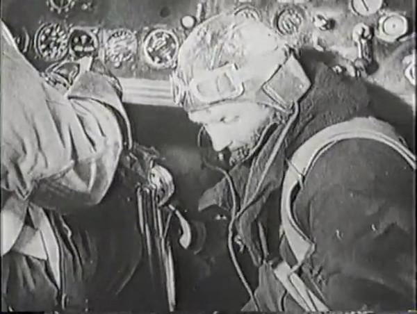 Родина зовёт _ Motherland Calls, The (1936) - историко-героический фильм.mp4_snapshot_00.19.08_[2016.09.14_11.49.00]