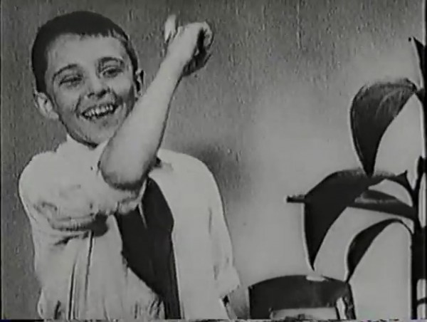 Родина зовёт _ Motherland Calls, The (1936) - историко-героический фильм.mp4_snapshot_00.27.15_[2016.09.14_12.01.25]