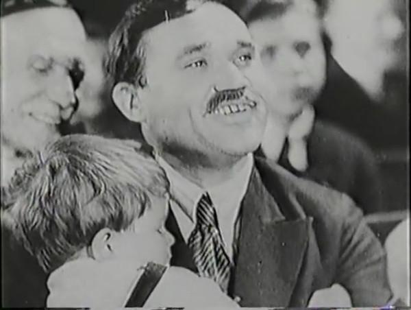 Родина зовёт _ Motherland Calls, The (1936) - историко-героический фильм.mp4_snapshot_00.30.01_[2016.09.14_12.04.26]