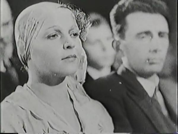Родина зовёт _ Motherland Calls, The (1936) - историко-героический фильм.mp4_snapshot_00.30.05_[2016.09.14_12.04.32]