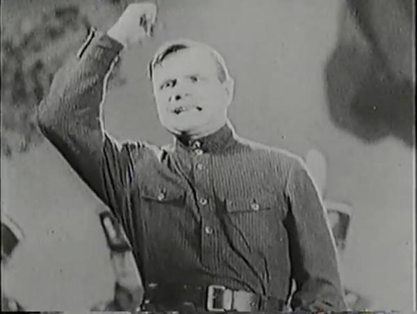 Родина зовёт _ Motherland Calls, The (1936) - историко-героический фильм.mp4_snapshot_00.33.08_[2016.09.14_12.08.45]