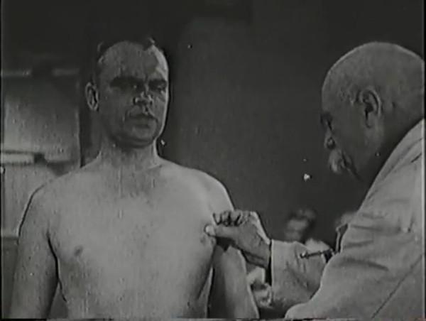 Родина зовёт _ Motherland Calls, The (1936) - историко-героический фильм.mp4_snapshot_00.35.10_[2016.09.14_12.22.18]