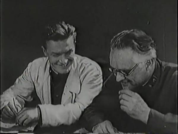 Родина зовёт _ Motherland Calls, The (1936) - историко-героический фильм.mp4_snapshot_00.35.17_[2016.09.14_12.22.28]