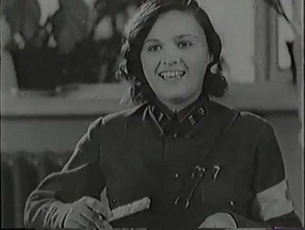 Родина зовёт _ Motherland Calls, The (1936) - историко-героический фильм.mp4_snapshot_00.49.02_[2016.09.14_12.55.16]