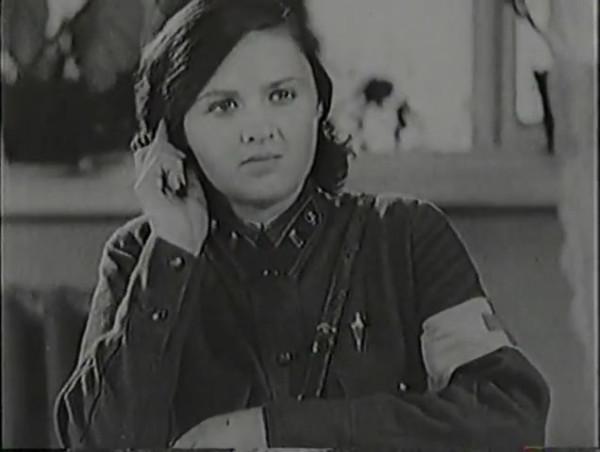 Родина зовёт _ Motherland Calls, The (1936) - историко-героический фильм.mp4_snapshot_00.49.29_[2016.09.14_12.56.04]