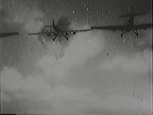Родина зовёт _ Motherland Calls, The (1936) - историко-героический фильм.mp4_snapshot_00.53.19_[2016.09.14_13.16.16]