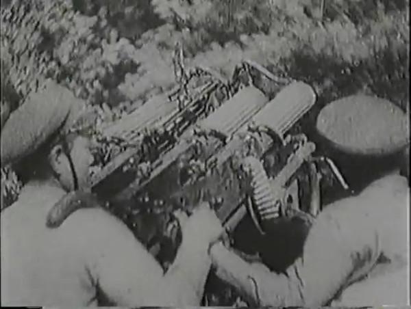 Родина зовёт _ Motherland Calls, The (1936) - историко-героический фильм.mp4_snapshot_00.53.23_[2016.09.14_13.16.21]