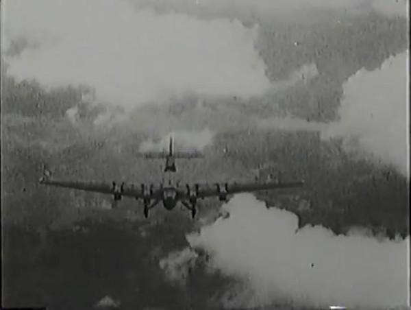 Родина зовёт _ Motherland Calls, The (1936) - историко-героический фильм.mp4_snapshot_00.55.28_[2016.09.14_13.19.46]