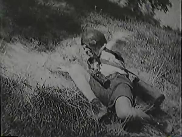 Родина зовёт _ Motherland Calls, The (1936) - историко-героический фильм.mp4_snapshot_00.56.45_[2016.09.14_13.21.24]